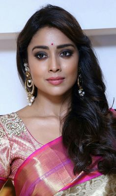 Hot model in india Beautiful Girl Indian, Most Beautiful Indian Actress, Beautiful Actresses, Beautiful Bride, Bollywood Actress Hot Photos, Indian Actress Hot Pics, Bollywood Fashion, Indian Actresses, Beauty Full Girl