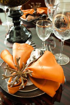 Orange or copper napkins, napkin rings, coasters, overlays, wine bottle covers… Dinning Table, Dining Area, Catering Food Displays, Wine Bottle Covers, Dinner Room, Fall Table, Decoration Table, Thanksgiving, Interior Styling