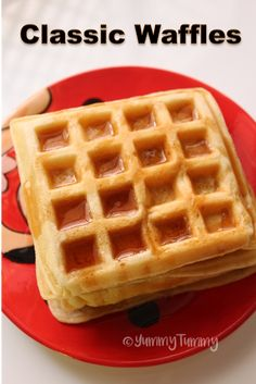 Classic Waffles Recipe – Basic Breakfast Waffles Recipe Source by aarthisatheesh Breakfast Waffle Recipes, Waffle Mix Recipes, Breakfast Waffles, Breakfast Dishes, Mexican Breakfast, Pancake Recipes, Pancakes, Breakfast Sandwiches, Birthday Cakes