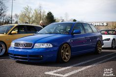 Audi B5 RS4 Avant with bronze TE37s