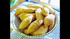 Cucina Facile e veloce a libera interpretazione Panzerottini al pomodoro...
