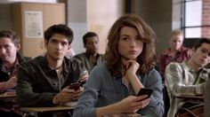 """Voilà! I want her hair ! ^^ __ Crystal Reed in """"Teen Wolf"""""""