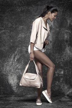Bag - CANOTTA BAULETTO M CERVO GOLD CONFETTO   Shoes - SLIPON CERVO GOLD CONFETTO