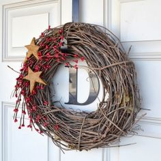 Make a simple holiday wreath with just a few supplies.