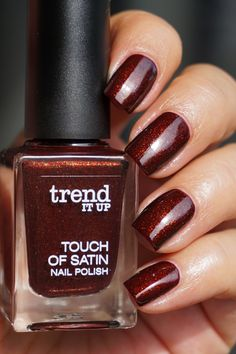 Trend it up Touch of Satin nail polish nagellak nagellack