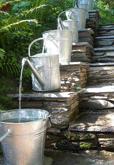 Pilgrim and Pie in France.: Water feature with watering cans ! I love this Watering Can Water Feature! Dream Garden, Garden Art, Home And Garden, Outdoor Spaces, Outdoor Living, Ponds Backyard, Backyard Ideas, Garden Ponds, Modern Backyard