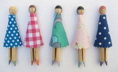 Love the faces on these clothespin dolls!  Super simple and cute.