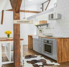 Poddasze zabytkowej kamienicy #attic #poddasze #kitchen #grey #wood #woodenfloor #appartment #home #decor