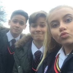 Max and Harvey at school Max And Harvey, Max Mills, Harvey Mills, Young Cute Boys, Celebs, Celebrities, Couple Photos, Boyfriends, People