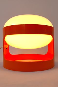 Space Age table lamp , designed by Joe Colombo for Kartell, Italy. Made by Husqvarna, Sweden. Orange Table Lamps, Retro Lighting, Atomic Age, Space Age, Midcentury Modern, Retro Vintage, Mid Century, Bulb, Italy