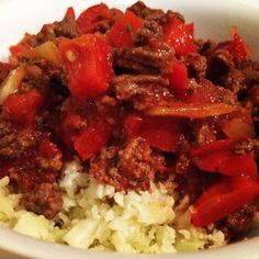 Bean Free Chili - Yummy and easy paleo chili Paleo Food List, Paleo Meal Prep, Paleo Dinner, Paleo Recipes, Whole Food Recipes, Dinner Recipes, Paleo Meals, Healthy Meals, Dinner Ideas