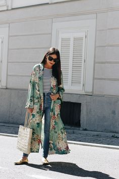 It's time for the transition to lighter layers and a floral kimono is the perfect way to start.