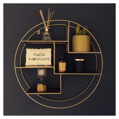 Black White And Gold Bedroom, Black And Gold Living Room, Black And Gold Bathroom, Black White Gold, Interior Dorado, Gold Interior, Interior Design, Gold Room Decor, Gold Rooms