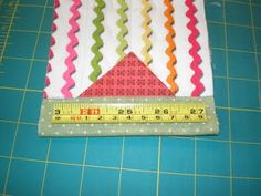 Tape Measure Snap Bag Tutorial