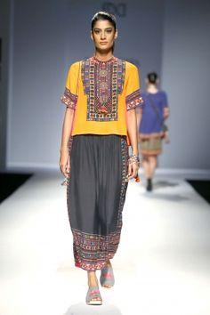 Tanvi Kedia ~ Amazon India Fashion Week S/S 2016