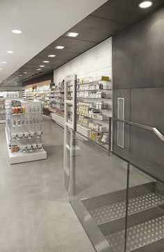 004 Farmacia Cogul by Mobil M, via Flickr