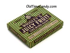 Juicy fruit old time candy box Juicy Fruit Gum, Classic Candy, Chewing Gum, Candy Boxes, Candyland, Marketing, Signs, Image, Shop Signs