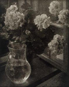 Kuhn carafe with flowers 1913 some sort of oil print