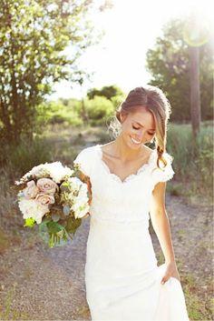 GORGEOUS modest wedding dress @ wish-upon-a-weddingwish-upon-a-wedding. love the laid back hair style Modest Wedding Dresses, Wedding Gowns, Lace Wedding, Dream Wedding, Wedding Day, Bridal Gowns, Mermaid Wedding, Lace Mermaid, Chic Wedding