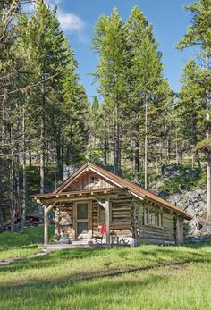 Architecture – Enjoy the Great Outdoors! Small Log Cabin, Little Cabin, Tiny House Cabin, Log Cabin Homes, Cozy Cabin, Log Cabins, Hunting Cabin, Getaway Cabins, Cabin In The Woods