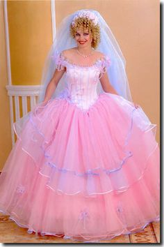 Julia would look so lovely in this.