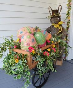 Outdoor Easter decorations ideas are so much fun when you spend time with family, friends and kids; creating unusual handmade home decorations for outdoor spaces and garden.