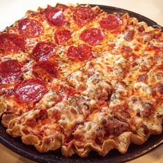 Top 5 Chicagoland Tavern-Style Pizzas