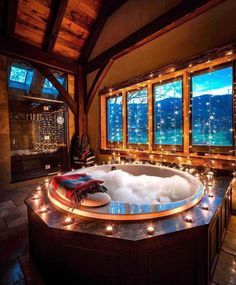 Master bathroom decorated with beautiful lights. luxus 25 Captivating Christmas Bathroom Decoration Ideas You Just Can't Miss Dream Bathrooms, Dream Rooms, Romantic Bathrooms, Master Bathrooms, Mansion Bathrooms, Mansion Rooms, Luxury Bathrooms, Contemporary Bathrooms, Future House