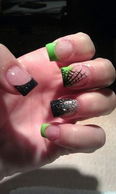 Halloween nails a spider webs - love the ring finger for New Years too!