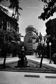 Memorias del Viejo Pamplona: Imagenes del Ayer: Por el Ensanche en la década de los 50