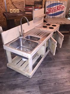 Pallets Wood Mud Kitchen