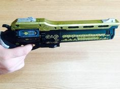 Hi! You are purchasing a 3d printed, already assembled gun Last Word from world well-known game Destiny.  This gun is handmade, 3d printed of PLA plastic, which is friendly to human, painted and varnished.  Average time to make this gun is about 12-15 days.  This gun has movable cylinder and a bullet.   Dimensions are: 38 cm length, 6 cm width and 18 cm height  If you have questions, dont hesitate to contact us.  Thank you    #Destiny #Destinygame #LastWordDestiny #destinyhandcannon…