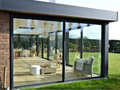 Garden room with veranda - gardenroom Garden Room Extensions, House Extensions, House Extension Design, House Design, Future House, Porch Windows, Design Exterior, Enclosed Patio, Glass House