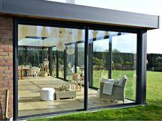 Garden room with veranda - gardenroom Garden Room, House Design, Future House, House Exterior, Patio Design, Flat Roof Extension, Exterior Design, Enclosed Patio, House Extension Design