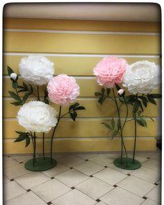 22 отметок «Нравится», 1 комментариев — Topart большие бумажные цветы (@topartspb) в Instagram: «#topartspb#paperflowers…»