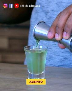 Shot tomou morreu.   Off: Tomariam?   #bebidaliberada #shot #absinto #drink #drinks #bartender #coquetelariabrasileira #shots