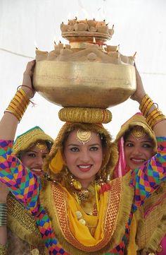 The Punjabi folk dance, the 'giddha' and jago