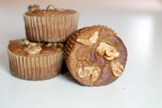 Banana Walnut Muffins | Paleo Muffin Recipe #paleo #muffin #banana #walnut