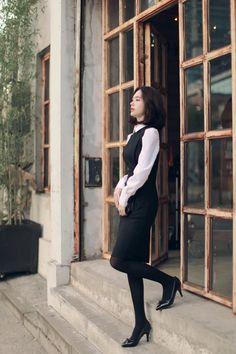Đường Vũ Fashion Tights, Cozy Fashion, Tights Outfit, Fashion Models, Girl Fashion, Fashion Outfits, Korean Girl, Asian Girl, South Korea Fashion