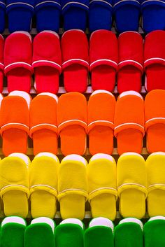 Rainbow | Arc-en-ciel | Arcobaleno | レインボー | Regenbogen | Радуга | Colours | Texture | Style | Form | shoes