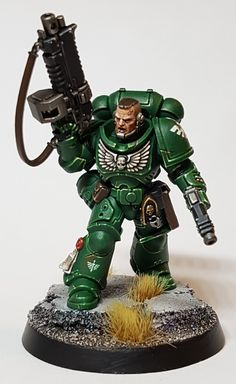 In this tutorial I will explain the steps I used to paint the armour for the above Dark Angel Primaris Marine.