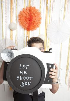 oversized camera with rosette flash