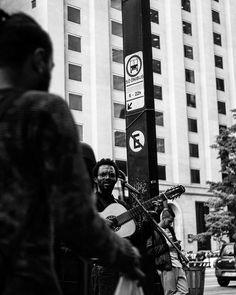 Deus lhe pague..      #detalhesaopaulo #splovers #saopaulowalk #tvminuto #spdagaroa #365diasSP #omelhorclick #splovers #babiloniazeroonze #vejasp #olharesdesampa #bbcbrasil #archsp #brasil #meuclicksp #saopaulo #saopaulocity #ig_spnafoto #catracasp #streetphoto_brasil #sp4you #spmilgrau #splovers #euvivosp #amorpaulista #ig_saopaulo #cidadedagaroa #omelhorclick #mostreseuolhar  #ig_detalhebrasil