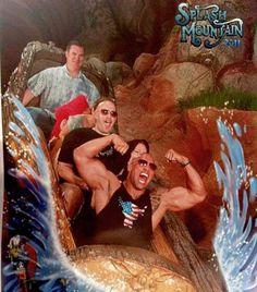 "Dwayne ""The Rock"" Johnson on Splash Mountain at Disneyland in 2011 Dwayne The Rock, The Rock Dwayne Johnson, Rock Johnson, Funny Disney Pictures, Disney World Pictures, Real Ghost Pictures, Funniest Pictures Ever, Splash Mountain, Tumblr Funny"