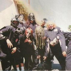 Slipknot has helped me get through some of the toughest moments in my life. Their music has pushed me, and helped me. Wouldn't know where I'd be without their music. Ppl think they're just bunch of guys in masks, but they're so much more than that. They've had such an impact in my life. LOVE these guys so much❤️