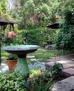 Feng Shui Garden and Landscaping Tips How To Feng Shui Your Home, Feng Shui House, Diy Fountain, Garden Paths, Garden Tips, Garden Ideas, Relax, Asian Decor, Garden Landscape Design