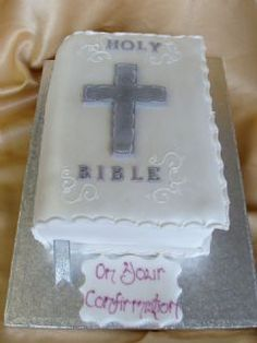The Cake Shop, Oxford and Banbury offers a range of celebration cakes including wedding cakes, birthday cakes, christening cakes, corporate cakes and more. Confirmation Cakes, Baptism Cakes, Beautiful Cakes, Amazing Cakes, Bible Cake, Christening, Boy Baptism, Cross Cakes, Religious Cakes