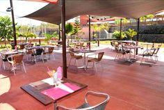 Antre Amis - Dans le cadre reposant du centre de bien-être Ekwalis, vous propose une cuisine soignée dans une atmosphère conviviale...le restaurant vous propose des soirées à thème : karaoké, dance floor etc. autour d'un buffet.