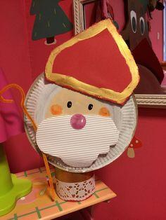 St Nicholas Day, Kindergarten Projects, Saints, Christmas Ornaments, History, Children, School, Advent, Ms