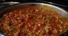 2 pounds fresh ground beef   1 quart tomato juice 1 (29-ounce) ...   can tomato purée 1 (15-ounce)   can red kidney beans, dr...